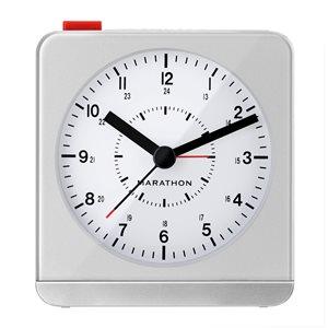 Horloge LED Marathon, carré, argent