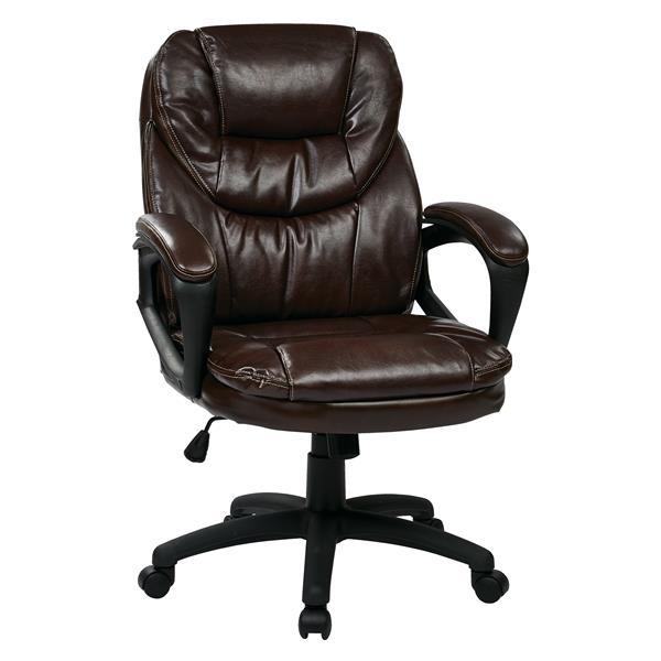 Chaise en faux cuir, chocolat