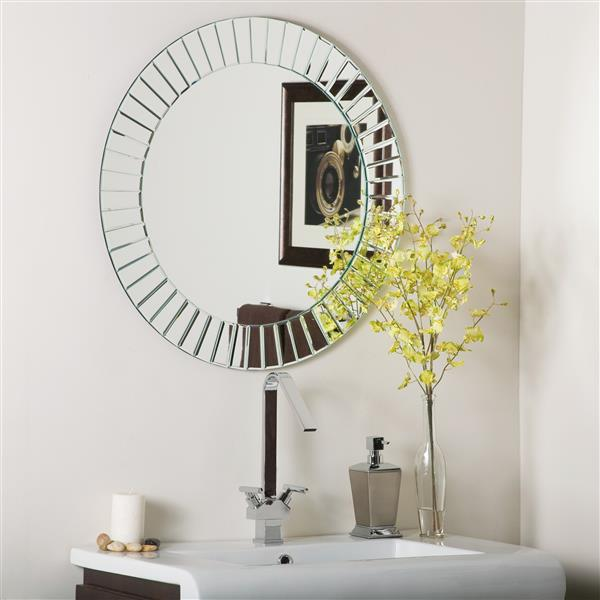 Decor Wonderland The Mirror 27.6-in Round Mirror