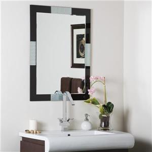 Decor Wonderland Francisco 23.6-in Rectangular Mirror