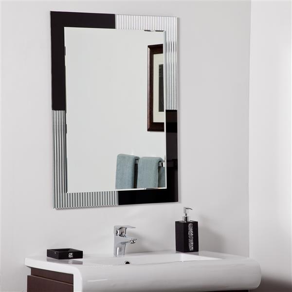 Decor Wonderland Jasmine 23.6-in Rectangular Mirror