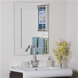 Decor Wonderland Mischa 23.6-in Rectangular Mirror