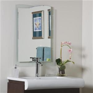 Decor Wonderland Tula 23.6-in Mirror