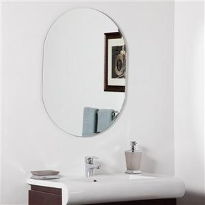Decor Wonderland Khloe 23.6-in Oval Mirror