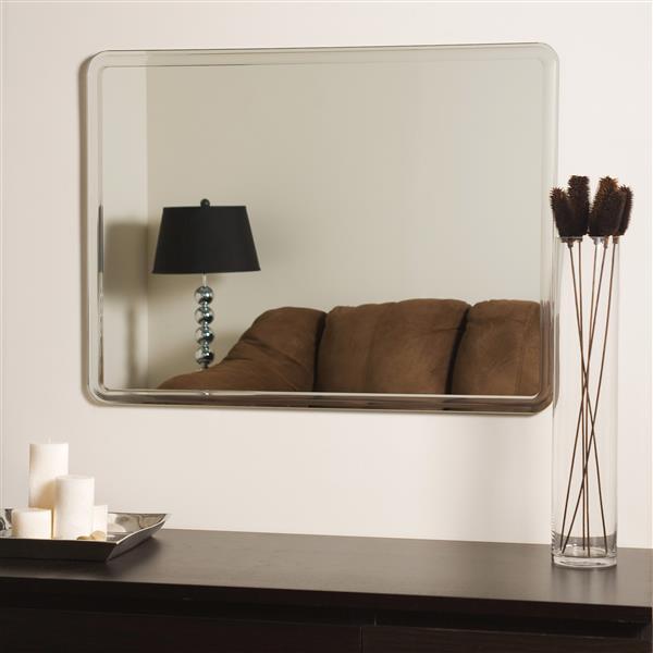 Decor Wonderland Samson 23.5-in Rectangular Mirror