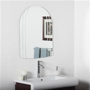 Decor Wonderland Serina 23.6-in Arch Mirror