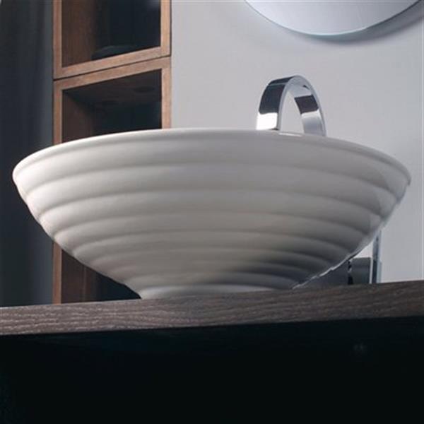 WS Bath Collections Ceramica 17.70-in x 17.70-in White Ceramic Round Vessel Sink