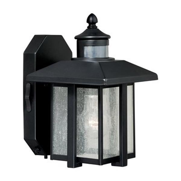 Cascadia Hedron Dualux 1-Light Bronze Motion Sensor Dusk to Dawn Wall Light