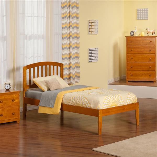Atlantic Furniture Richmond Twin XL Platform Bed with Open Foot Board in Caramel