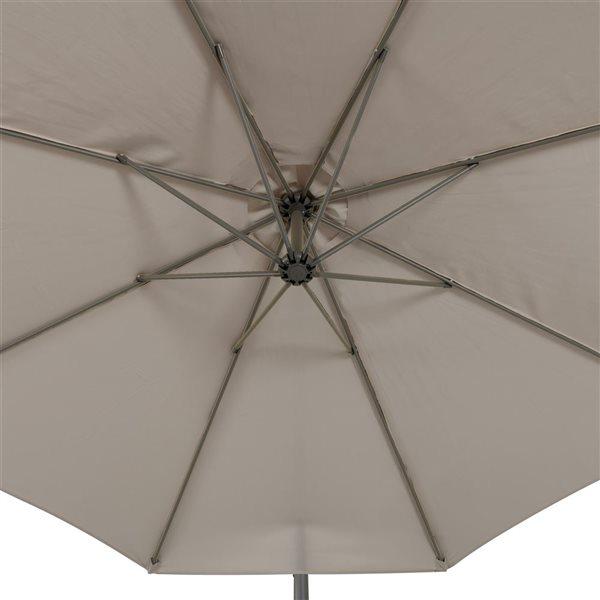 Parasol excentré gris sable pour la terrasse