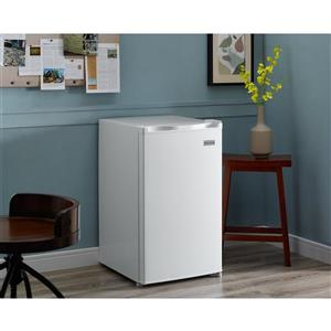 Marathon White Compact All Refrigerator - 4.5 cu.ft.