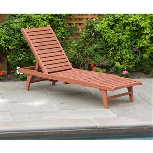 Leisure Season Wooden Chaise Lounge with Pull-Out Tray