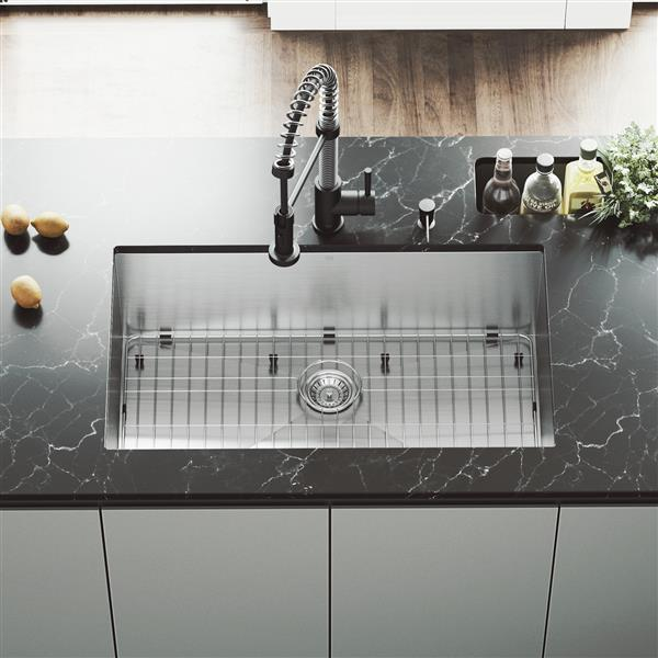 Kitchen Sink With Faucet - Grid - Strainer - 32''