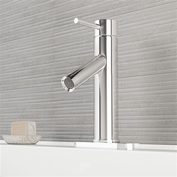 VIGO Single Hole Bathroom Faucet/Deck Plate Alicia - Chrome