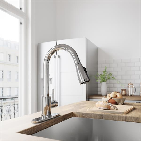VIGO Weston Pull-Down Spray Kitchen Faucet With Deck Plate