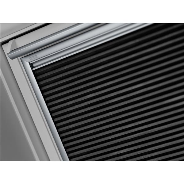 VELUX White Solar Powered Room Darkening Blind for FS C06 skylight