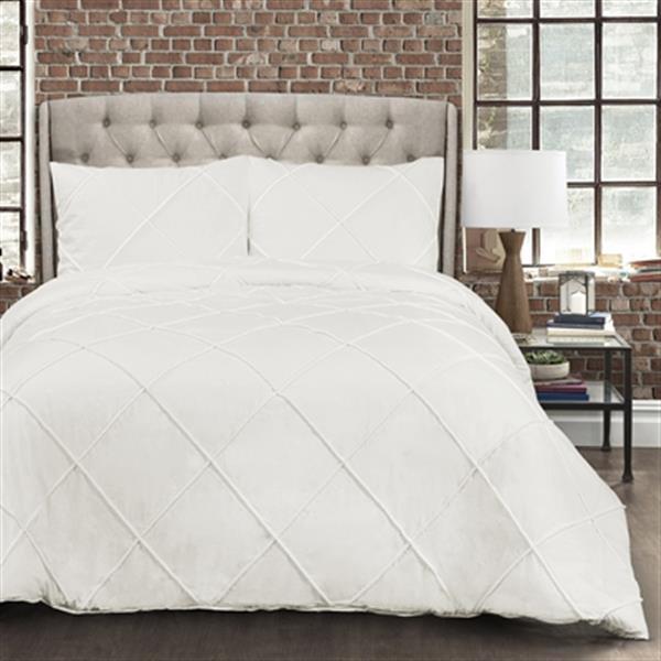 Lush Decor Diamond Pom Pom 3-Piece Comforter Set,16T002457