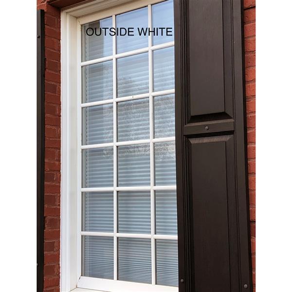 "Store coupe-lumière, 57,5"" x 64"", polyester, gris/blanc"