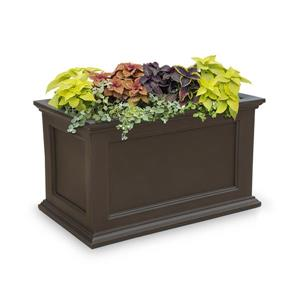 Mayne Fairfield Patio Planter - 20-in - Plastic - Brown