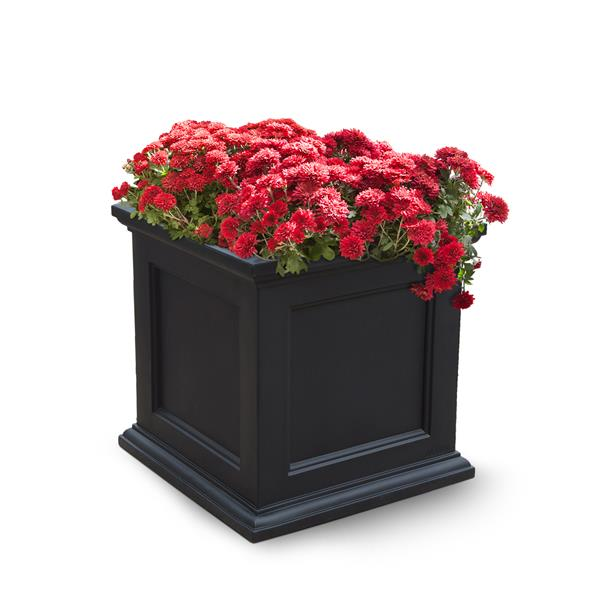 Mayne Fairfield Patio Planter - 20-in x 20-in - Plastic - Black