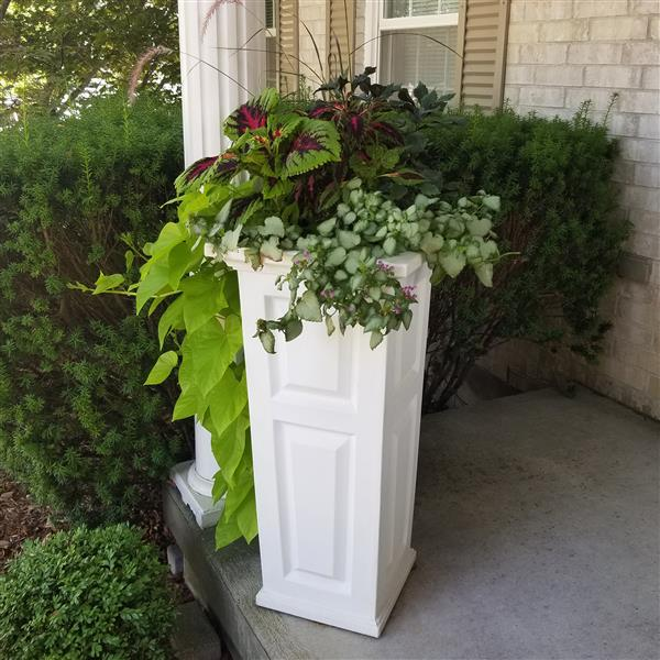 Mayne Nantucket 32-in Tall Planter  - White