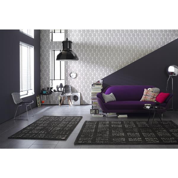 A.S. Creation Shoner Wohnen 5 Floral Wallpaper Roll - 21 -in - Gray/Black