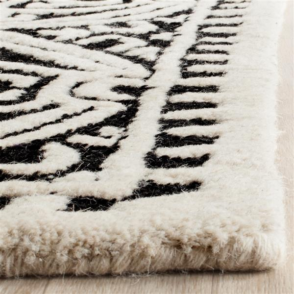 Safavieh Cambridge Abstract Rug - 3' x 5' - Wool - Black
