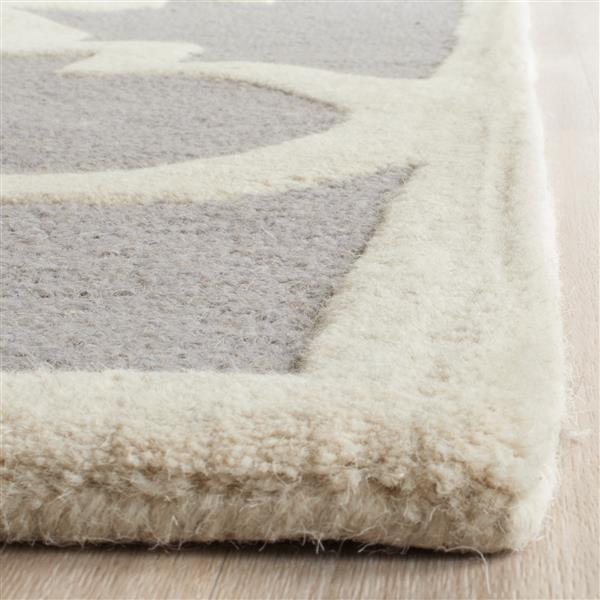 Safavieh Cambridge Trellis Rug - 2.5' x 6' - Wool - Silver