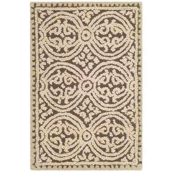 Safavieh Cambridge Geometric Rug - 2.5' x 4' - Wool - Brown