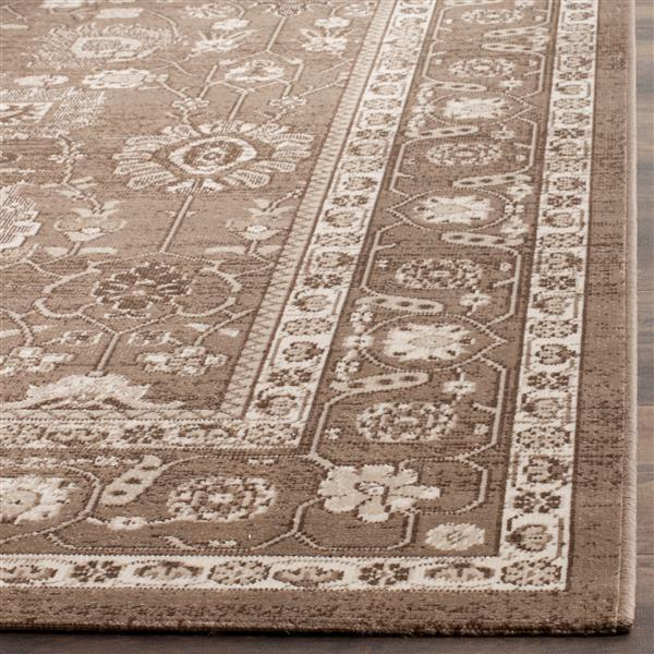 Safavieh Artisan Floral Rug - 3' x 5' - Polypropylene - Brown