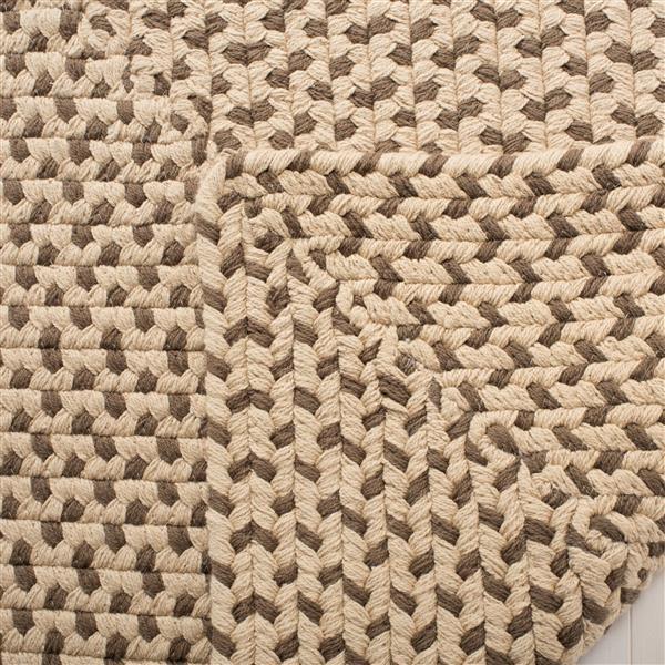 Safavieh Braided Rug - 4' x 6' - Cotton - Brown