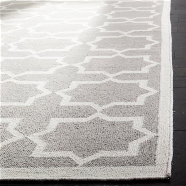 Safavieh Dhurries Geometric Rug - 8' x 10' - Wool - Gray