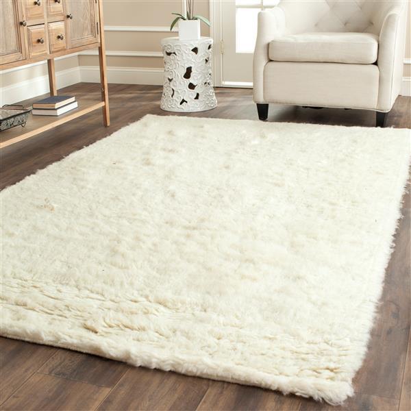 Safavieh Flokati Solid Rug - 8' x 10' - Wool - Ivory