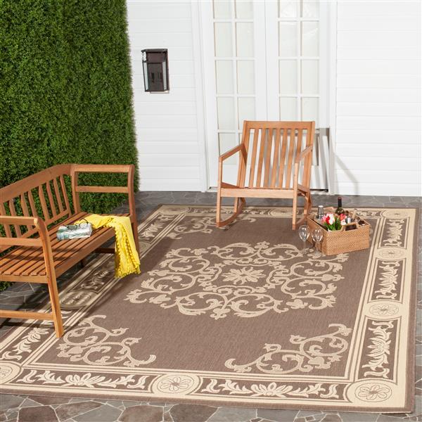 Safavieh Courtyard Rug - 2.6' x 5' - Polypropylene - Chocolate