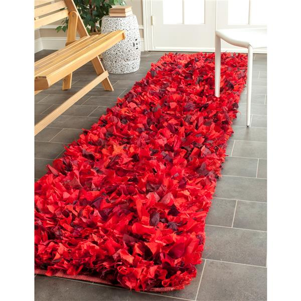 Safavieh Rio Abstract Rug - 2.3' x 9' - Polyester - Red