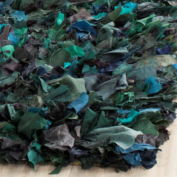 Safavieh Rio Abstract Rug - 4' x 6' - Polyester - Green