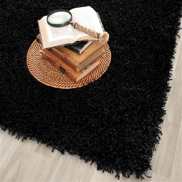 Safavieh Monterey Solid Rug - 2.5' x 4' - Polyester - Black