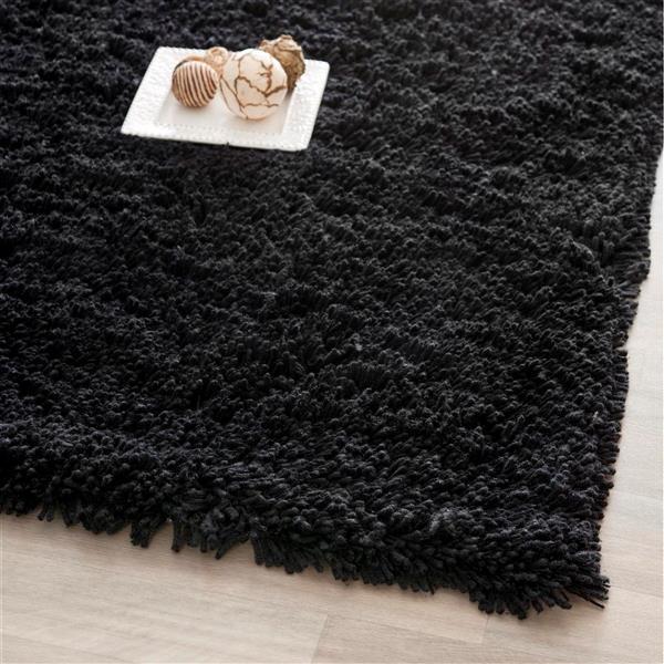 Safavieh Shag Solid Rug - 2.3' x 6' - Polyester - Black