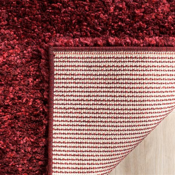 Safavieh California Solid Rug - 2.3' x 7' - Polypropylene - Red