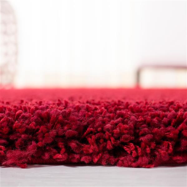 Safavieh California Solid Rug - 4' x 4' - Polypropylene - Red