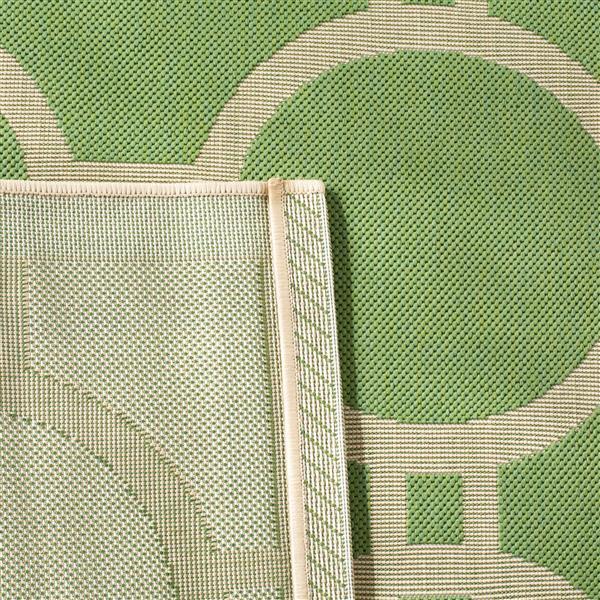 Safavieh Courtyard Rug - 5.3' x 7.6' - Polypropylene - Green/Beige