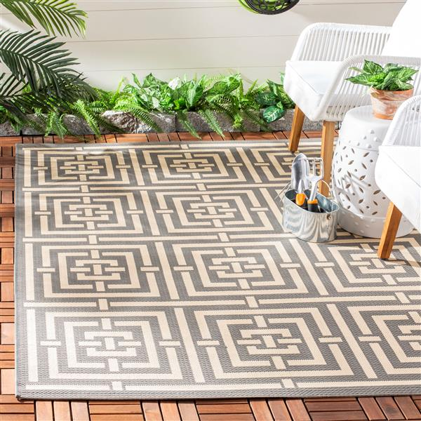 Safavieh Courtyard Rug - 5.3' x 7.6' - Polypropylene - Gray/Cream