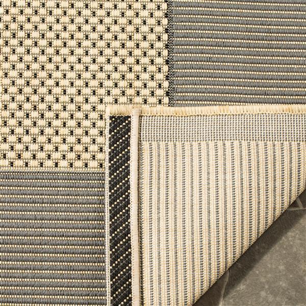 Safavieh Courtyard Rug - 4' x 5.6' - Polypropylene - Gray/Cream