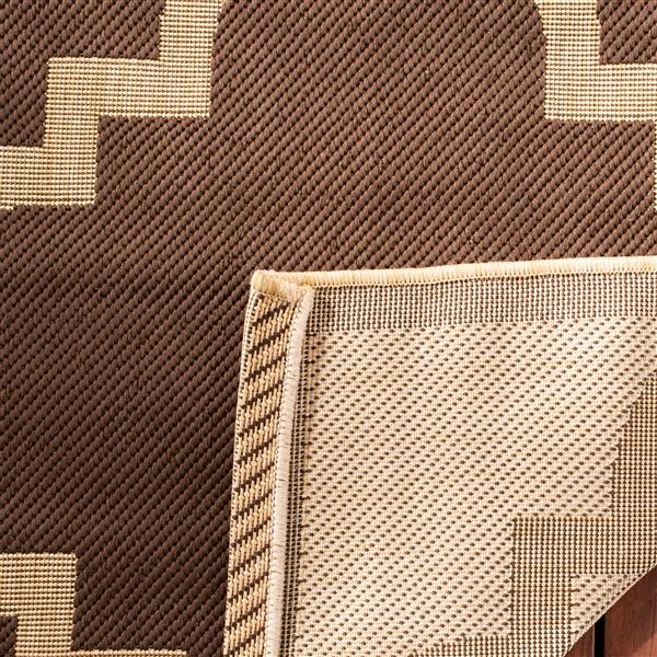 Safavieh Courtyard Rug - 5.3' x 7.6' - Polypropylene - Dark Brown