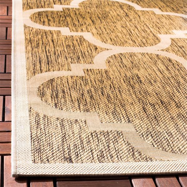 Safavieh Courtyard Rug - 4' x 5.6' - Polypropylene - Brown