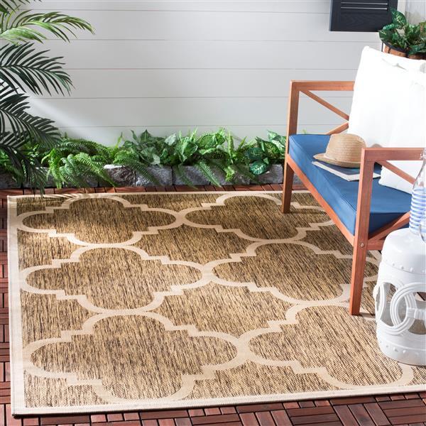 Safavieh Courtyard Rug - 5.3' x 7.6' - Polypropylene - Brown