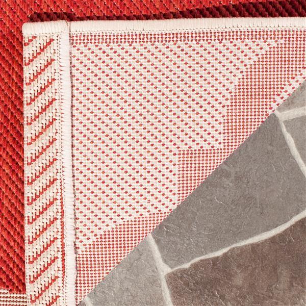 Safavieh Courtyard Rug - 2.3' x 6.6' - Polypropylene - Red