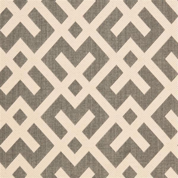 Safavieh Courtyard Rug - 5.3' x 7.6' - Polypropylene - Ivory