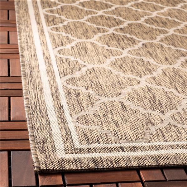 Safavieh Courtyard Rug - 2.6' x 5' - Polypropylene - Brown/Ivory