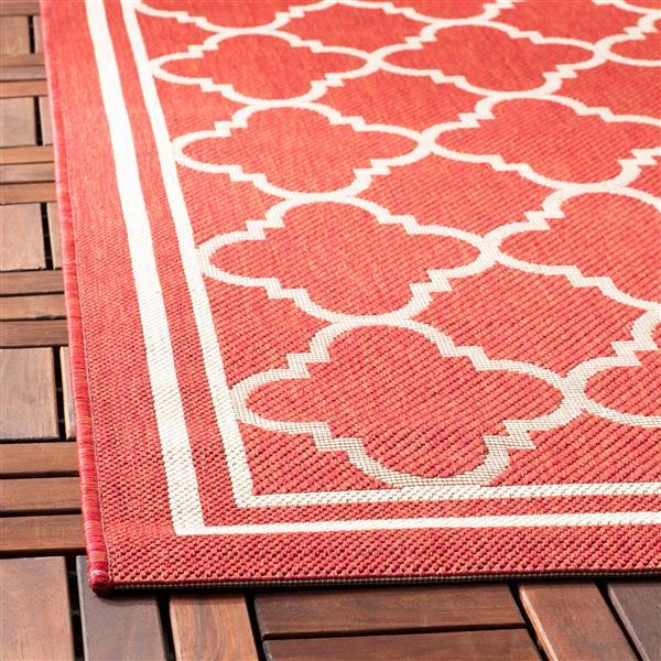 Safavieh Courtyard Rug - 2.3' x 6.6' - Polypropylene - Red/Ivory